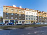 Pohled na dům a (Prodej bytu 2+kk v osobním vlastnictví 63 m², Praha 6 - Břevnov)