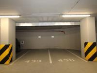 Pronájem garážového stání 15 m², Praha 10 - Vinohrady