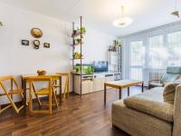 Pokoj 1e (Prodej bytu 2+kk v družstevním vlastnictví 43 m², Praha 6 - Řepy)