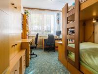 Pokoj 2a (Prodej bytu 2+kk v družstevním vlastnictví 43 m², Praha 6 - Řepy)