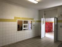 Prodej komerčního objektu 1100 m², Koleč