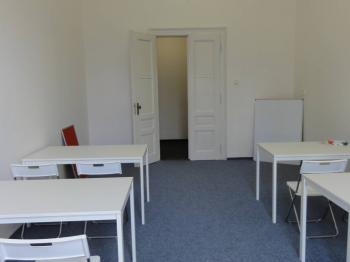 Pronájem komerčního prostoru (kanceláře) v osobním vlastnictví, 28 m2, Praha 5 - Smíchov