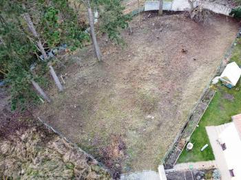 Prodej pozemku 969 m², Zápy