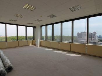 Pronájem komerčního prostoru (kanceláře), 42 m2, Praha 3 - Vinohrady