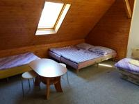 pokoj v 2NP (Prodej penzionu 280 m², Staré Město)