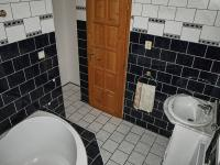 koupelna (Prodej bytu 3+kk v osobním vlastnictví 70 m², Vítkovice)