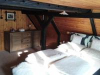 ložnice v patře (Prodej chaty / chalupy 155 m², Horní Čermná)