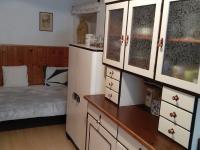kuchyň (Prodej chaty / chalupy 155 m², Horní Čermná)