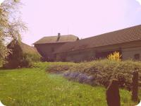 Pohled od potoka (Prodej historického objektu 80 m², Včelákov)