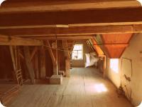 1. Patro s vybavením mlýna (Prodej historického objektu 80 m², Včelákov)