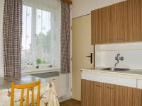 Kuchyně 1. patro (Prodej domu v osobním vlastnictví 256 m², Horní Třešňovec)
