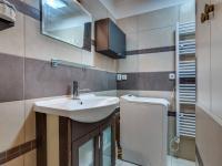 koupelna  (Prodej bytu 3+1 v osobním vlastnictví 68 m², Olomouc)