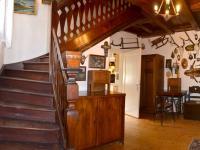 Hala (Prodej domu v osobním vlastnictví 230 m², Oskava)