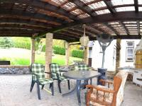 Pergola (Prodej domu v osobním vlastnictví 230 m², Oskava)