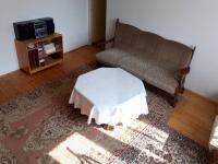 pokoj ve 2. NP (Prodej domu v osobním vlastnictví 160 m², Záchlumí)