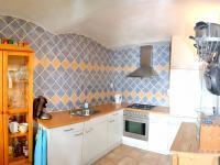 kuchyně (Prodej domu v osobním vlastnictví 200 m², Líšnice)
