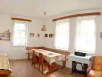 obytná kuchyň (Prodej domu v osobním vlastnictví 120 m², Dolní Čermná)