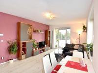 obývací pokoj (Prodej bytu 2+kk v osobním vlastnictví 65 m², Olomouc)