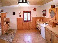 kuchyňský kout (Prodej chaty / chalupy 94 m², Liberk)