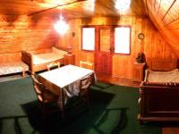 podkrovní ložnice s výstupem do lodžie (Prodej chaty / chalupy 94 m², Liberk)