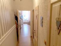 chodba (Prodej bytu 3+kk v osobním vlastnictví 54 m², Olomouc)