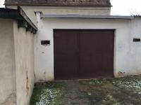 garáž (Prodej bytu 4+1 72 m², Uničov)