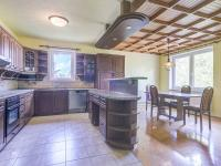 2NP Kuchyně (Prodej domu v osobním vlastnictví 380 m², Slatinice)