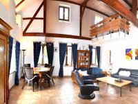 obytná hala (Prodej chaty / chalupy 200 m², Líšnice)