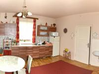 kuchyň přízemí (Prodej domu v osobním vlastnictví 175 m², Libchavy)