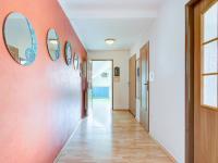 chodba podkroví (Prodej domu v osobním vlastnictví 175 m², Libchavy)