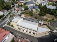 situace budovy focena dronem (Prodej komerčního objektu 1718 m², Ústí nad Orlicí)