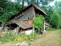 Podsklepená kůlna (Prodej pozemku 2629 m², Lupenice)