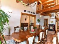 Prodej domu v osobním vlastnictví 380 m², Spojil