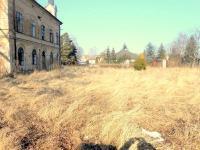 Prodej pozemku 4038 m², Dvory