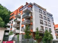 Pohled na dům (Pronájem bytu 2+kk v osobním vlastnictví 50 m², Praha 5 - Košíře)