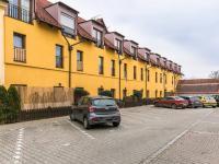 dům (Prodej bytu 2+kk v osobním vlastnictví 41 m², Šestajovice)