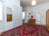 Předsíň (Prodej bytu 2+1 v osobním vlastnictví 91 m², Praha 6 - Bubeneč)
