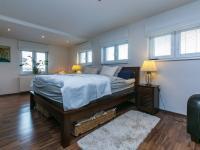Prodej domu v osobním vlastnictví 329 m², Bašť