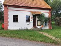 Obecní úřad (Prodej pozemku 4194 m², Olbramov)