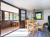 obývací pokoj s průhledem na verandu - Prodej chaty / chalupy 53 m², Čerčany