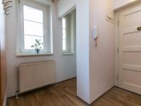 předsíň - Prodej bytu 2+1 v osobním vlastnictví 68 m², Praha 5 - Košíře