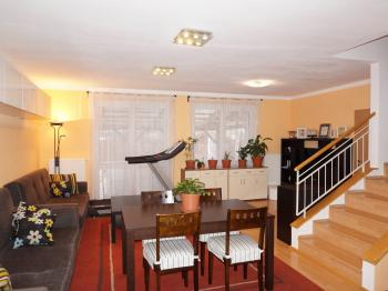 Prodej bytu 4+kk v osobním vlastnictví 101 m², Kamenice