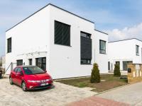 Pronájem domu v osobním vlastnictví 114 m², Praha 9 - Vinoř