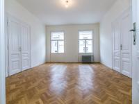 Pronájem bytu 3+1 v osobním vlastnictví 120 m², Praha 7 - Holešovice