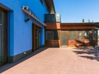 Pronájem domu v osobním vlastnictví 432 m², Praha 10 - Královice