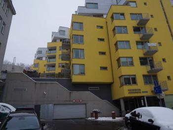 Pronájem garáže 13 m², Praha 3 - Žižkov