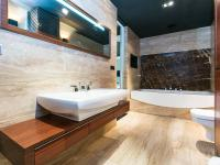 1. PATRO - KOUPELNA - Pronájem bytu 2+kk v osobním vlastnictví 95 m², Praha 5 - Smíchov