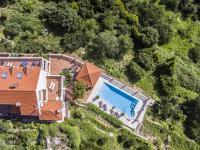Prodej domu v osobním vlastnictví 477 m², Soline