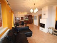 Pronájem domu v osobním vlastnictví 160 m², Podolí