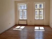 Ložnice 1 s okny do ulice Žitná - Pronájem bytu 3+1 v osobním vlastnictví 93 m², Praha 1 - Nové Město